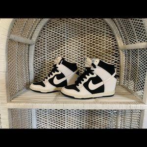 Nike heels Dunk Sky Hi size 6 b&w heels